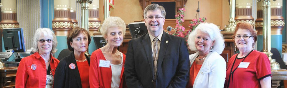 Sen. Tom Casperson, R-Escanaba, welcomes the General Federation of Women's Clubs (GFWC) to the Michigan Senate.
